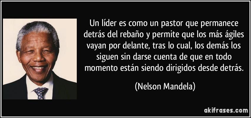 Un Líder Es Como Un Pastor Que Permanece Detrás Del Rebaño Y